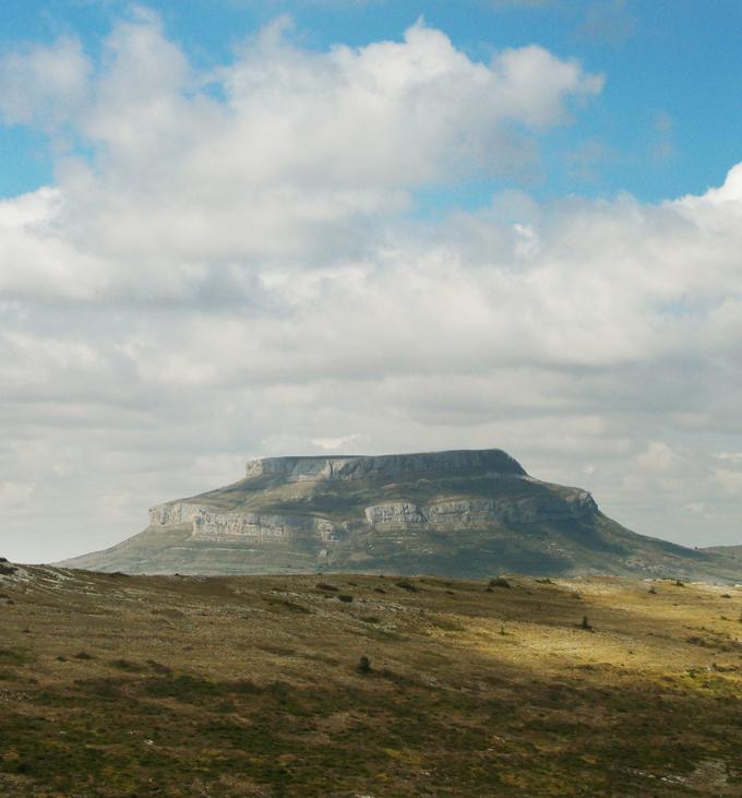 Fotografía del macizo montañoso Peña Amaya.