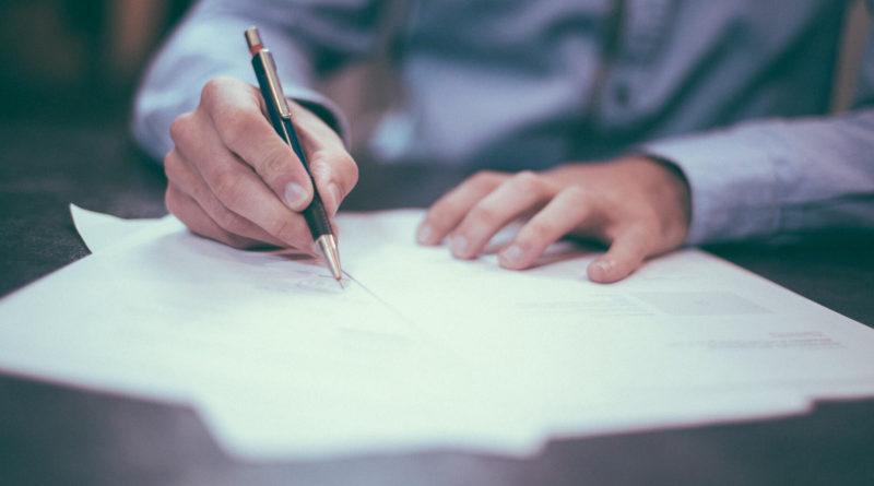 Imagen escojida para representar el acto de pedir un visado a la Delegación Territorial del Colegio de Geógrafos de Cantabria